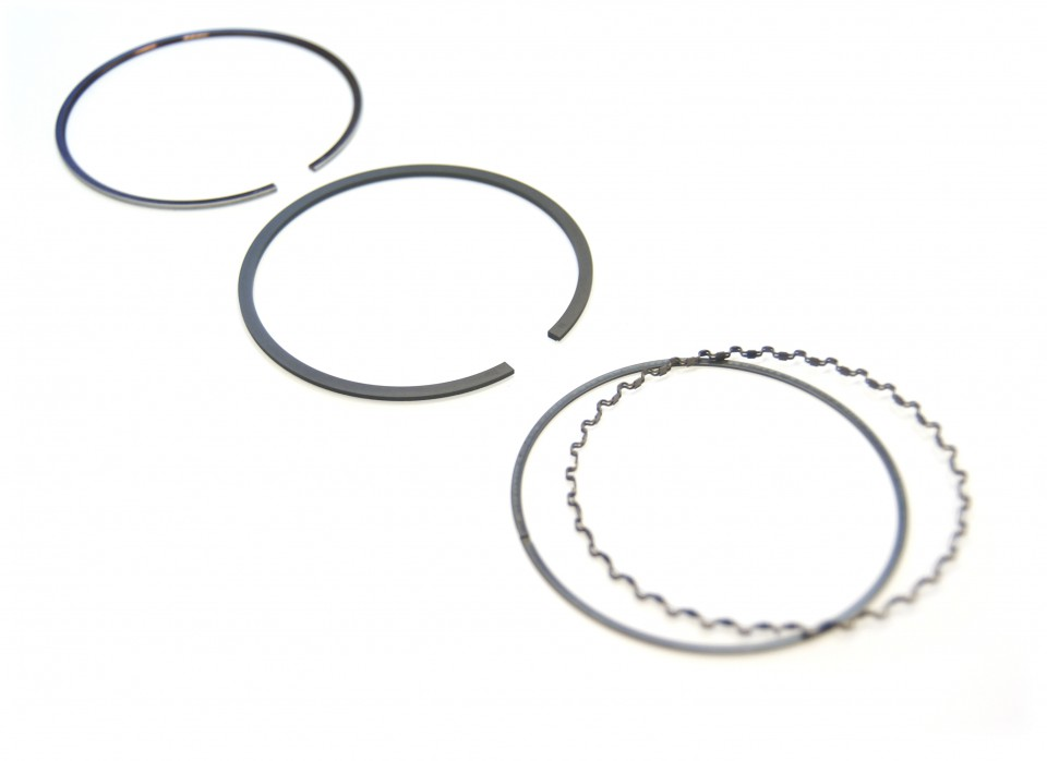 pistons ring set  saab 900  u0026 9000