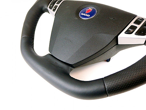 Maptun leather Steering wheel Saab 9-3 03-05 Flat bottom, Black Stitch Item number: 01-50304FBBS